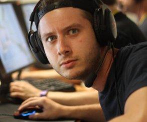 «Одумайтесь!» Известного шведского киберспортсмена достали хейтеры