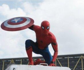 Человек-паук в«Вечернем Урганте»: зачем Том Холланд носил стринги