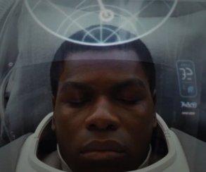 Тизер «Последних джедаев» очень похож натрейлеры «Пробуждения силы»