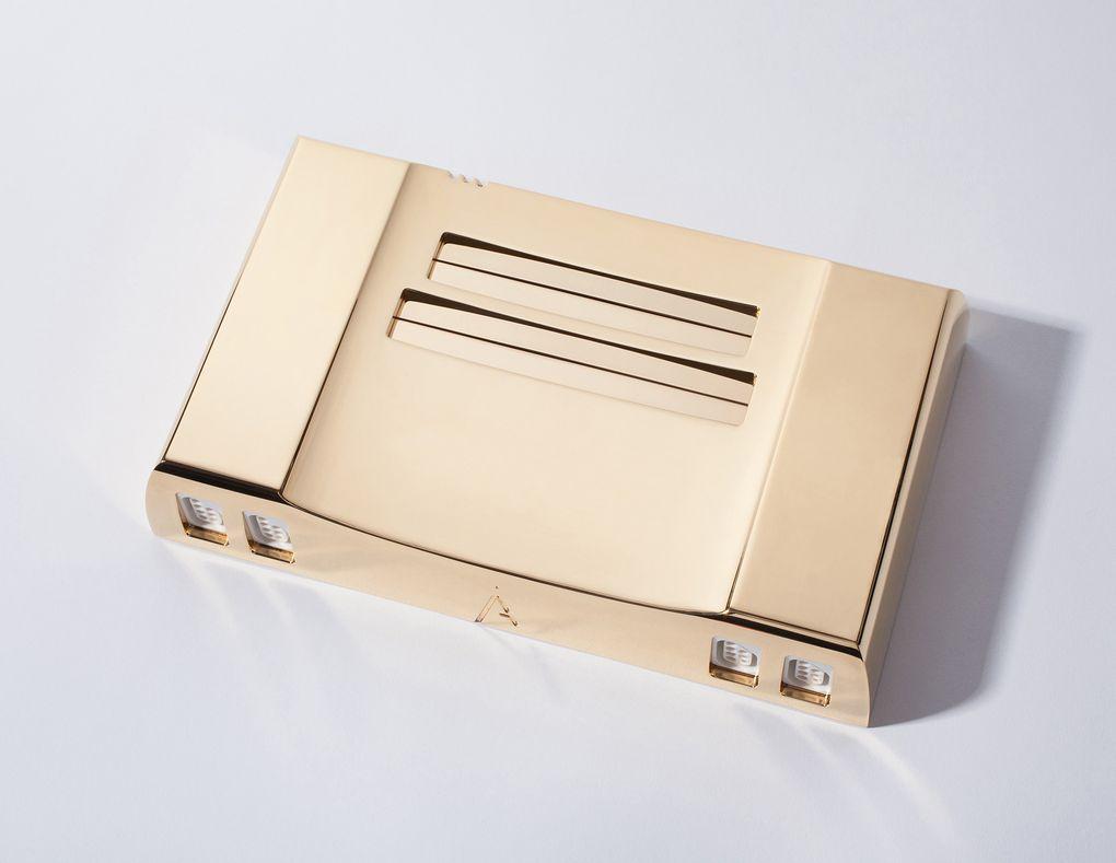 Продается восьмибитная консоль из 24-каратного золота - Изображение 1