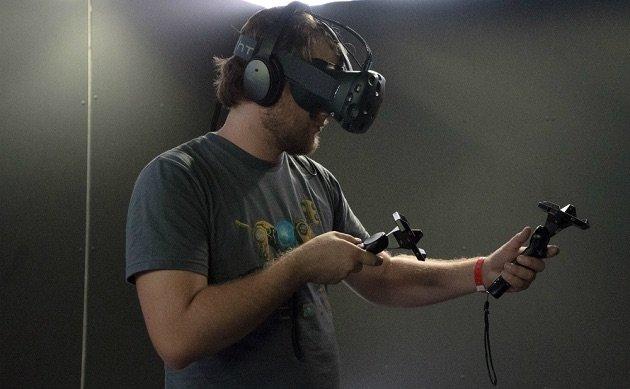 На выставке CES покажут новую версию VR-очков HTC Vive - Изображение 1