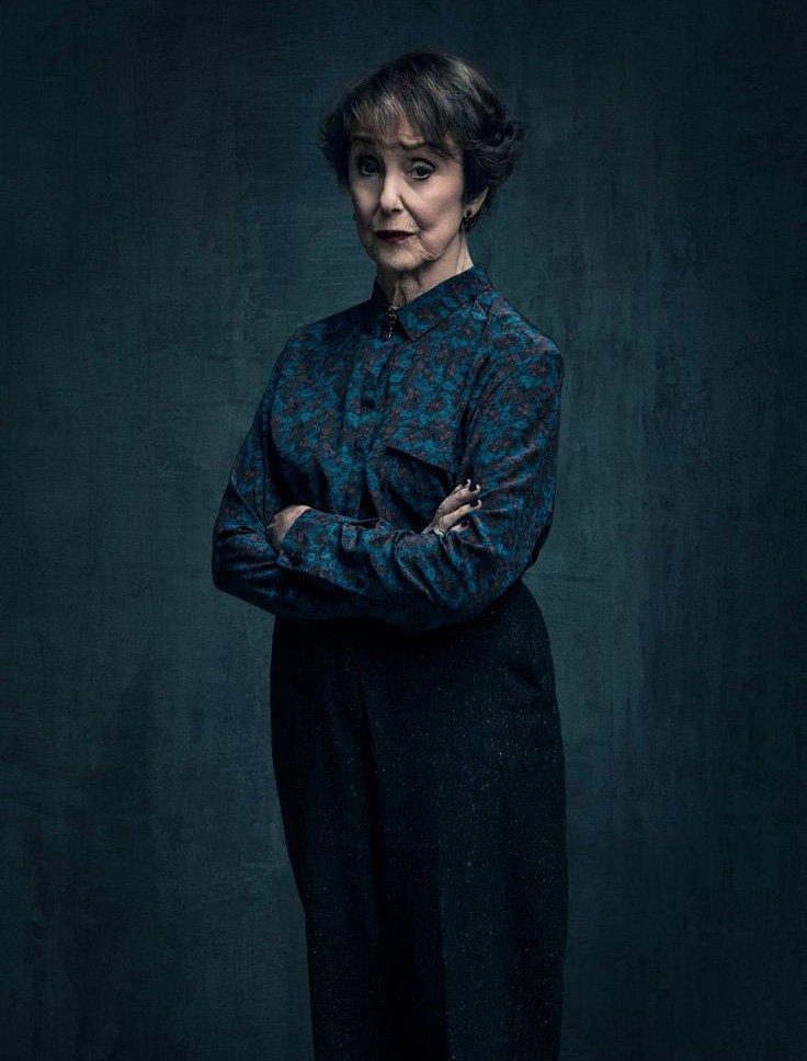 Почему миссис Хадсон— главный злодей «Шерлока». - Изображение 4