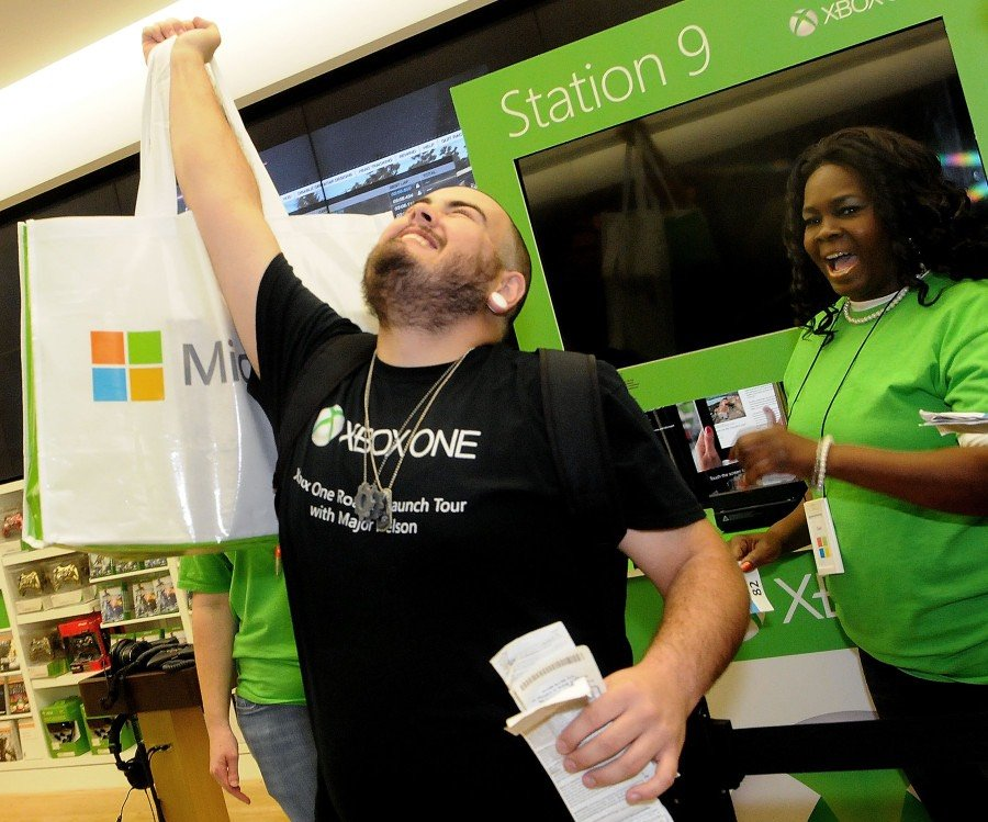 Xbox One обошла PS4 в «черную пятницу» - Изображение 1