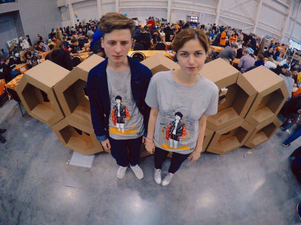 На Comic Con можно купить футболку по мотивам песни Оксимирона - Изображение 1