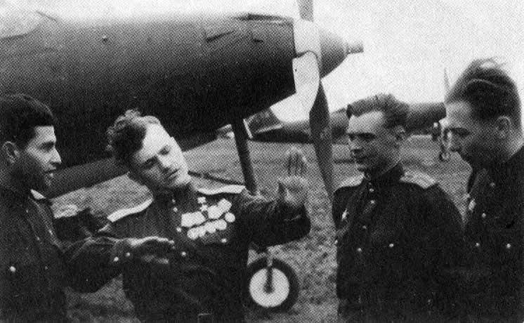Летим, ковыляя во мгле: 5 великих советских летчиков. - Изображение 11
