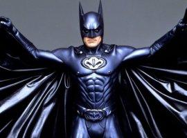 Главный совет от одного Бэтмена другому: «Не делай этого». Клуни убеждал Аффлека отказаться от роли