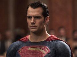 Зак Снайдер показал фото Генри Кавилла в черном костюме Супермена
