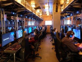 Yota Arena: почувствуй себя киберспортсменом