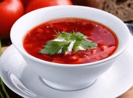 Российских врачей накормили борщом вИталии. Всоцсетях все радуются этому