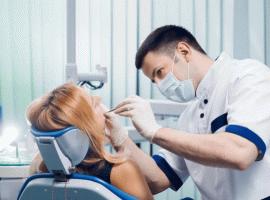 Стоматолог иIT-специалист. Эксперты назвали самые высокооплачиваемые вакансии августа