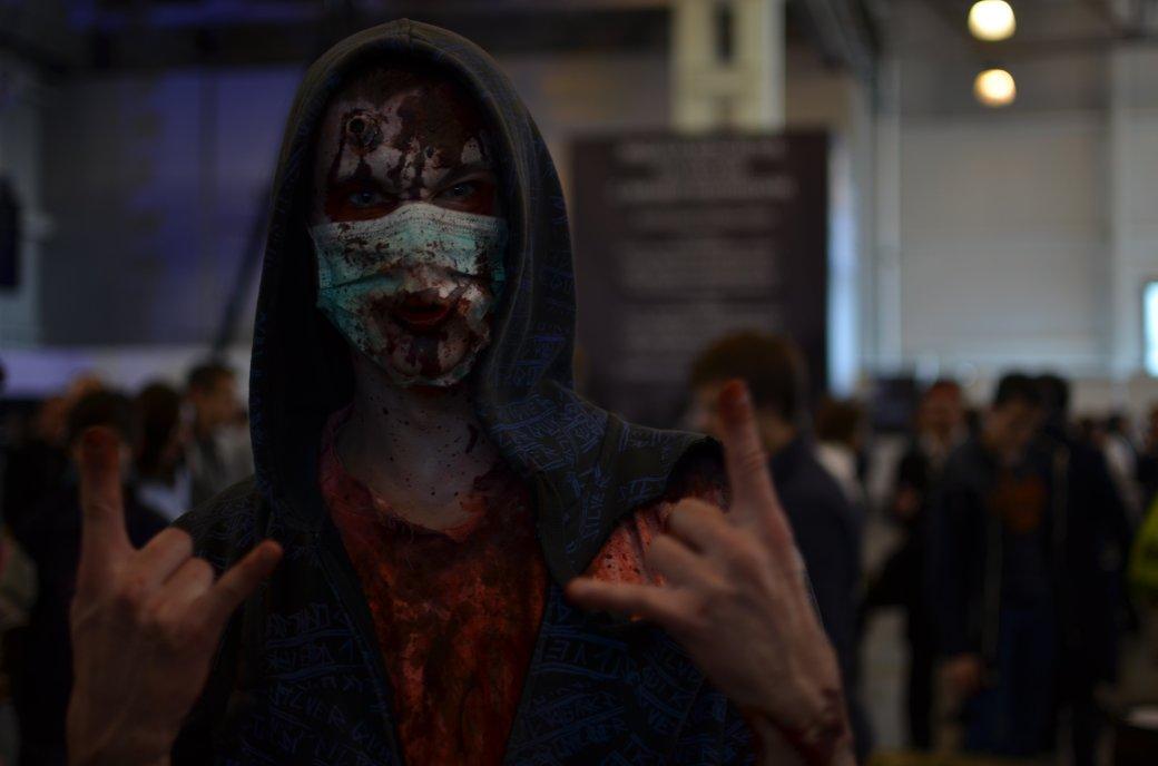 Фотоотчет с «Игромира» и Comic Con Russia, день 3 – Миша Коллинз | Канобу - Изображение 791
