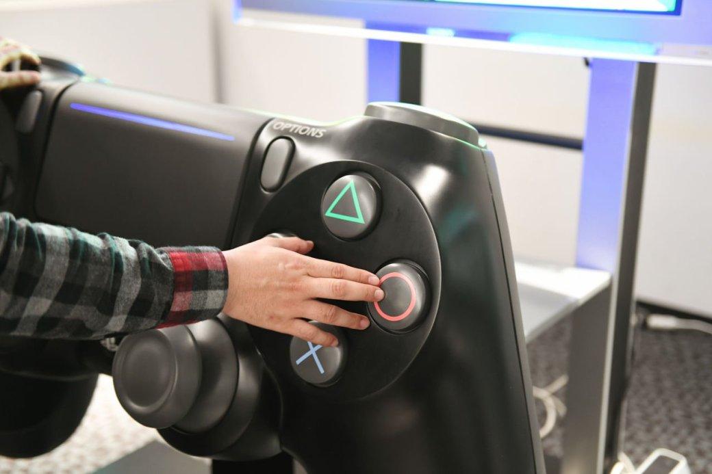 Размерчик что надо! Самый большой контроллер PlayStation 4 вмире   Канобу - Изображение 155