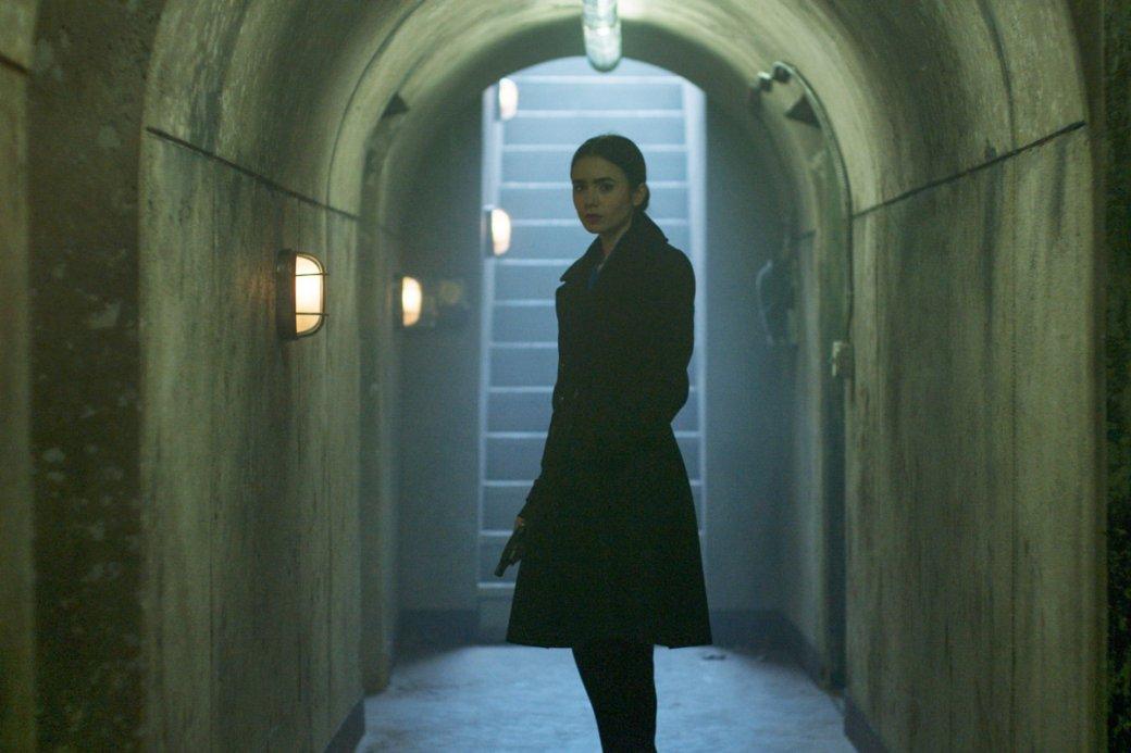 19мая кинокомпания «Вольга» выпустила вонлайн-кинотеатрах фильм «Темное наследие» (Inheritance). Разбираем, почему неудался этот триллер ссамим Шоном из«Зомби поимени Шон» вроли человека, 30 лет просидевшего нацепи.