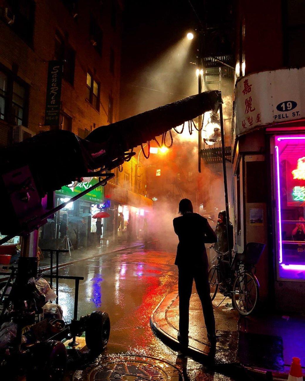Начались съемки третьего «Джона Уика». Первое фото сплощадки уже здесь. - Изображение 1