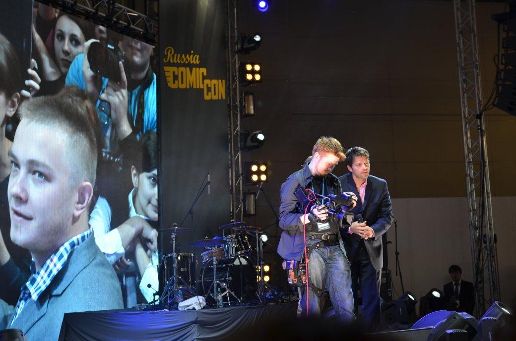 Фотоотчет с «Игромира» и Comic Con Russia, день 3 – Миша Коллинз | Канобу - Изображение 29