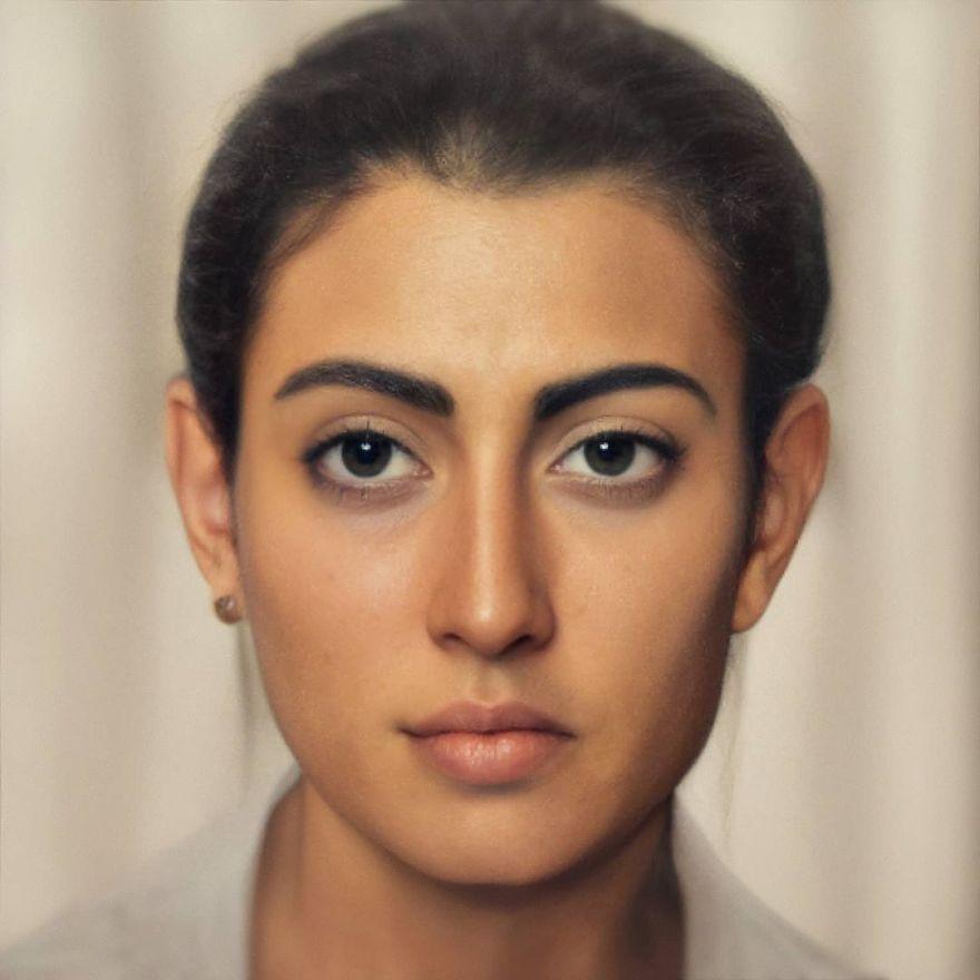 Лицо изФаюмским портретов— созданные втехнике энкаустики погребальные портреты вРимском Египте I–III веков нашей эры.