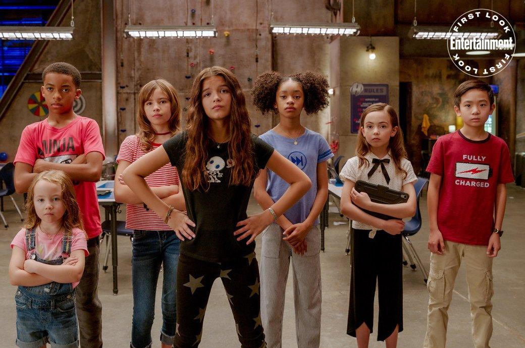 Netflix представил кадры изсупергеройского фильма Роберта Родригеса сПедро Паскалем | Канобу - Изображение 8025