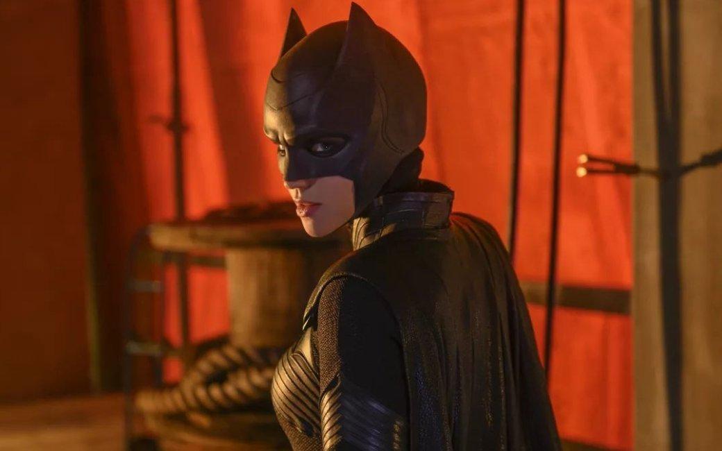 «Бэтвумэн» и«Нэнси Дрю» досрочно заказали новые эпизоды. Носвязаноли это скачеством сериалов? | - Изображение 1