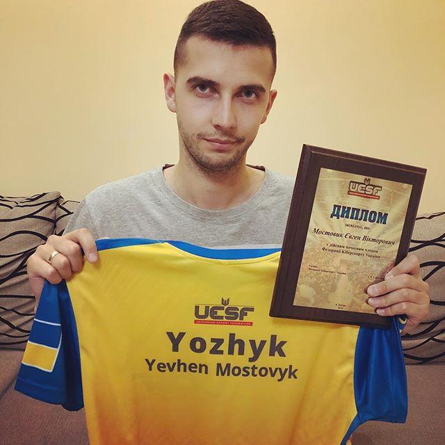 Yozhyk: «Соревновательная FIFA — это какой-то цирк. EA пора сфокусироваться на геймплее» | Канобу - Изображение 5336