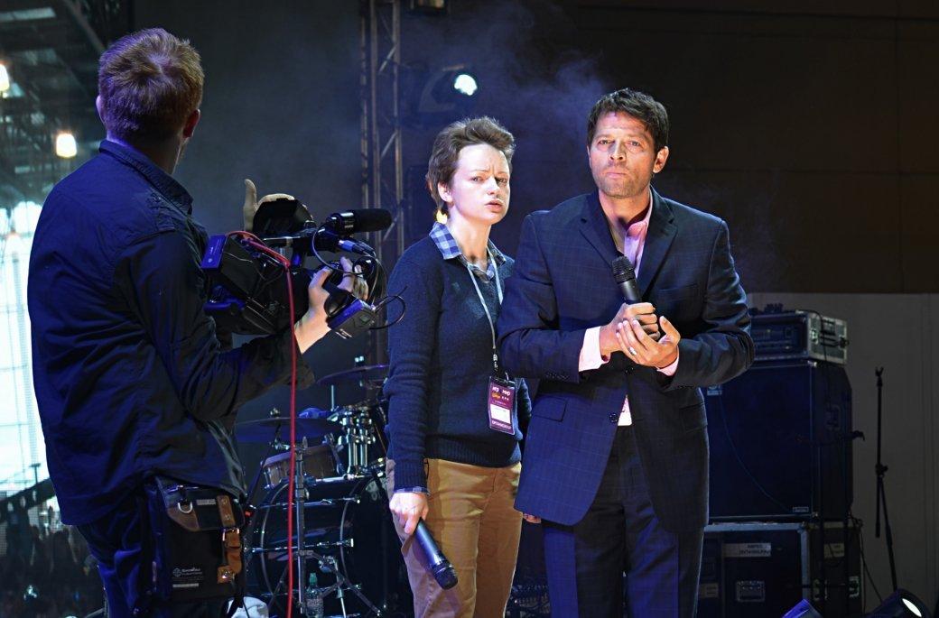 Фотоотчет с «Игромира» и Comic Con Russia, день 2 – концерт Noize MC | Канобу - Изображение 35