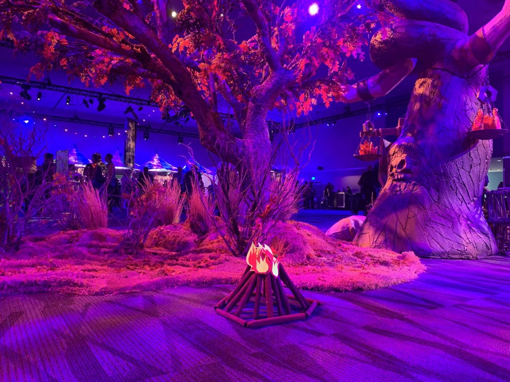 На BlizzCon в этом году развернулась настоящая Ярмарка Новолуния из World of Warcraft | Канобу - Изображение 2290