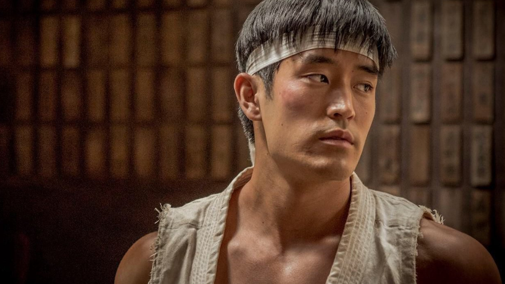 Майк Мо объяснил, почему Брюса Ли в «Однажды в Голливуде» изобразили как «грушу для битья» | Канобу - Изображение 0